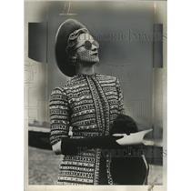 1938 Press Photo Mrs. M. Shirley London Society woman Garden Party - neo13311