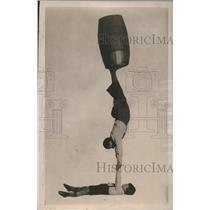 1922 Press Photo Franz Urbani, 9-year-old, Youngest Acrobat, Supports 140 lb man