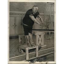 1922 Press Photo Thomas McSurggan Brooklyn NY man dives into a pool - neo17078