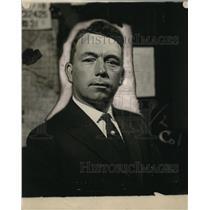 1923 Press Photo Officer Patrick Kelly 9th precinct star policeman - neo17116