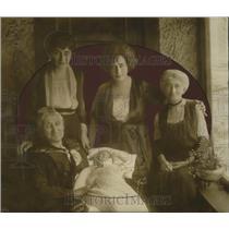 1921 Press Photo Five Generations Mrs. Edwin Kirs Abbiaun, Mrs. Frank Rubel