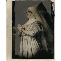 1929 Press Photo Actress Yvette Guil Gert - neo19199