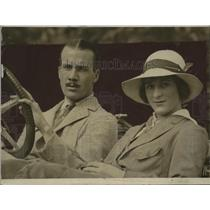 1914 Press Photo Mr & Mrs Ralph Isham in an auto she is daughter of Mayor Gaynor