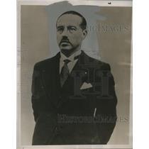 1935 Press Photo Paul Van Zeeland of Belgian National Bank Socialist Leader