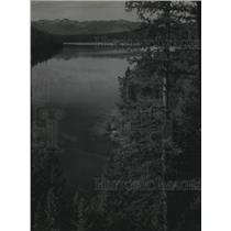 1943 Press Photo A calm view at Holland Lake in Montana - spa76769