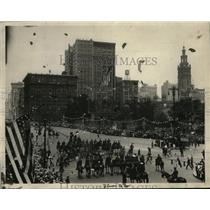 1924 Press Photo NEW YORK PARADE ON FIFTH AVENUE NYC - neny23795