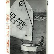 1981 Press Photo Graham Arceneaux, Age 10, Sailing in Boat - noa21422