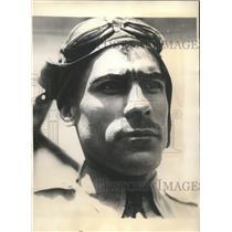 1930 Press Photo Col. Gustavo Leon, Mexican aviator, plans flight to Paris