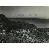 1899 Press Photo City of Lakeview, Washington with lake in background