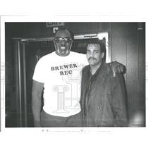1989 Press Photo Lawrence Taylor New York Joe Louis - RRY20961