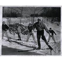 1957 Press Photo Skiing Lake Snow Bowl - RRW02799