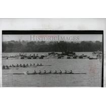 1952 Press Photo Annapolis Rowing race Princeton navy - RRW92915