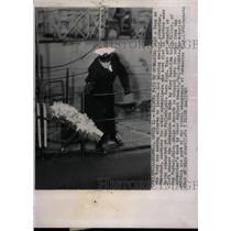 1963 Press Photo Nuclear submarine Thresher Tribute - RRW75209