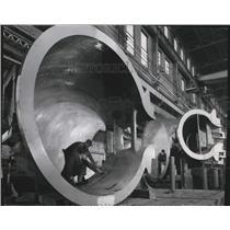 1950 Press Photo Inside Dam - Hungry Horse Project, Montana - spa60118