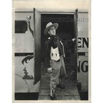 """1940 Press Photo Jimmy """"Schnozzle"""" Durante on the set of """"Melody Ranch"""""""