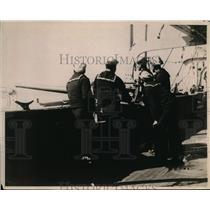 1919 Press Photo Crew of US Destroyed sighting undersea craft - nem36318