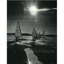 1981 Press Photo Ice Boats Race at Pewaukee Lake