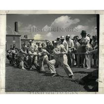 1940 Press Photo Tuley High school Tug War Two Teams - RRW59369