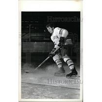 1973 Press Photo Vic Venasky Denver University ice hock - RRW73861