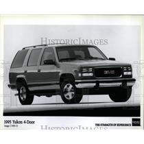 1995 Press Photo Four-door Yukon GMC Truck Ford - RRW63323