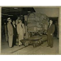 1954 Press Photo Tunnel Car Edward Freeman William Four - RRW59395