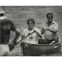 1975 Press Photo Men in Canoe on Bayou St. John, Louisiana
