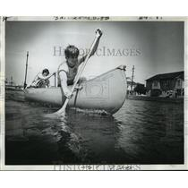 1974 Press Photo Haystackers Canoe and Kayak Club - Bayou St. John Canoe Race