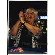 1994 Press Photo Genevieve Olive, gets excited during blackjack game, Wisconsin