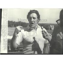 1974 Press Photo Baltimore Colt football team's new head coach Joe Thomas