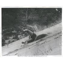 1967 Press Photo Duane Hall Sand Skiing Warren Michigan