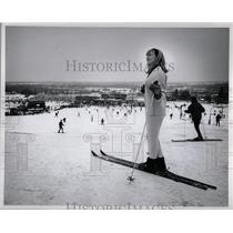 1967 Press Photo Ice Skating Season Skiing Michigan - RRW01147