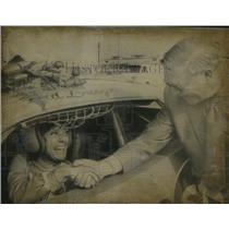 1971 Press Photo Alabama speedway, Paula Murphy congratulated by Bill France.