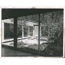 1960 Press Photo Courtyard house - RRW53343