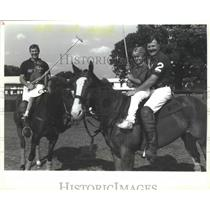 1989 Press Photo Houston Polo Club with Cystic Fibrosis Foundation Children