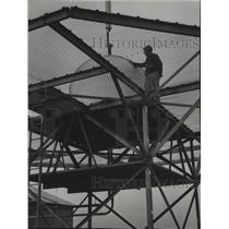 1953 Press Photo Omnirange transmitter-General Mitchell Field, Milwaukee