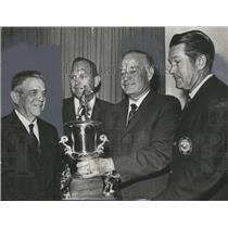 1968 Press Photo Alabama-Joe Sewell receives baseball Coach of the Year award.