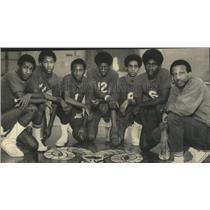 1971 Press Photo Alabama-Carver High basketball team and coach Steve Jefferson.