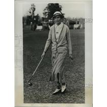1935 Press Photo Frances Whitten at Women's North & South golf in Pinehurst NC