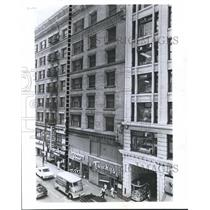 1967 Press Photo Outside Hotel and other business - hca05061