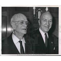1962 Press Photo Herrbert M. Wright of Wauwatosa and Captain Eddie Rickenbacker