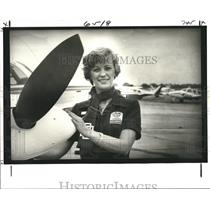 1979 Press Photo Corporate pilot Pat Besselman at the Lakefront Airport