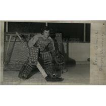 1974 Press Photo Denver University Ice Hockey Player - RRX43089
