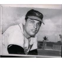 1965 Press Photo Milt Pappas Chicago Cubs Pitcher - RRX43169