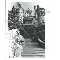 1981 Press Photo Bishop's Palace Front Steps and Entrance in Galveston, Texas