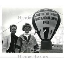 1990 Press Photo Teacher Carol Campbell & SADD Activist Amanda Kircher