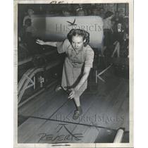 1948 Press Photo Champion Single Detroit Val Bowler - RRW33065