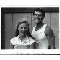 1988 Press Photo Triathlon Bikers-Leslie Elia and Scott McGill - cvb54610