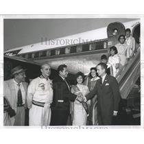 1959 Press Photo John Kinnane Greets Pan Am Athletics - RRW51911