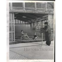 1962 Press Photo YMCA High Ridge Polar Bear Club Swim - RRW44517