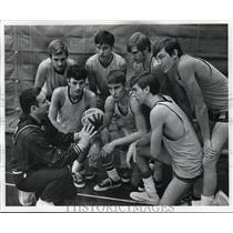1972 Press Photo Doc Daugherty, coach for Euclid High basketball team in Ohio.